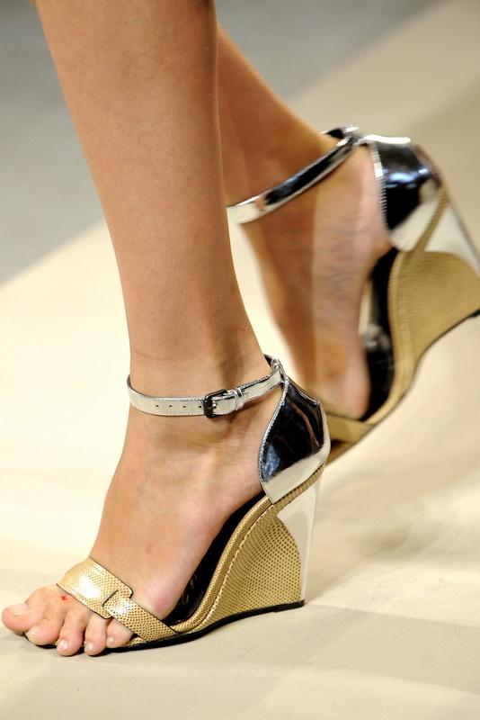 Весна 2012 13 найкращих моделей взуття