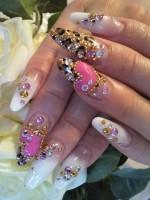 Леопардовые принты на ногтях